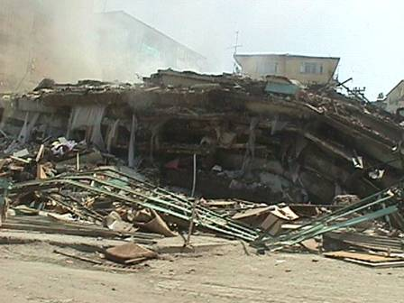 آمادگی برای زمین لرزه- در حین وقوع زلزله